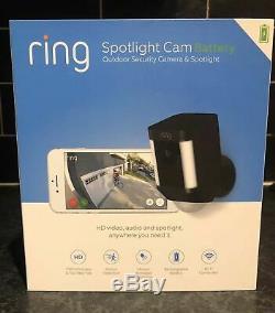 Ring Spotlight Cam Battery-Powered Security Camera 8SB1S7-BEN0