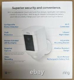 Ring Spotlight Cam Solar (Ring Spotlight Battery + Ring Solar Panel)